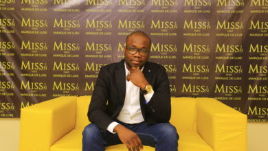 Photo de Missinn AKLO, fondateur de la marque des produits cosmétiques de luxe « MISS IN PARIS »